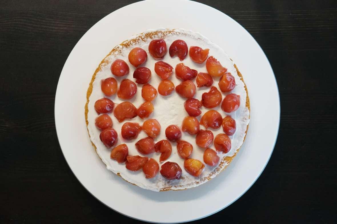 さくらんぼケーキ2