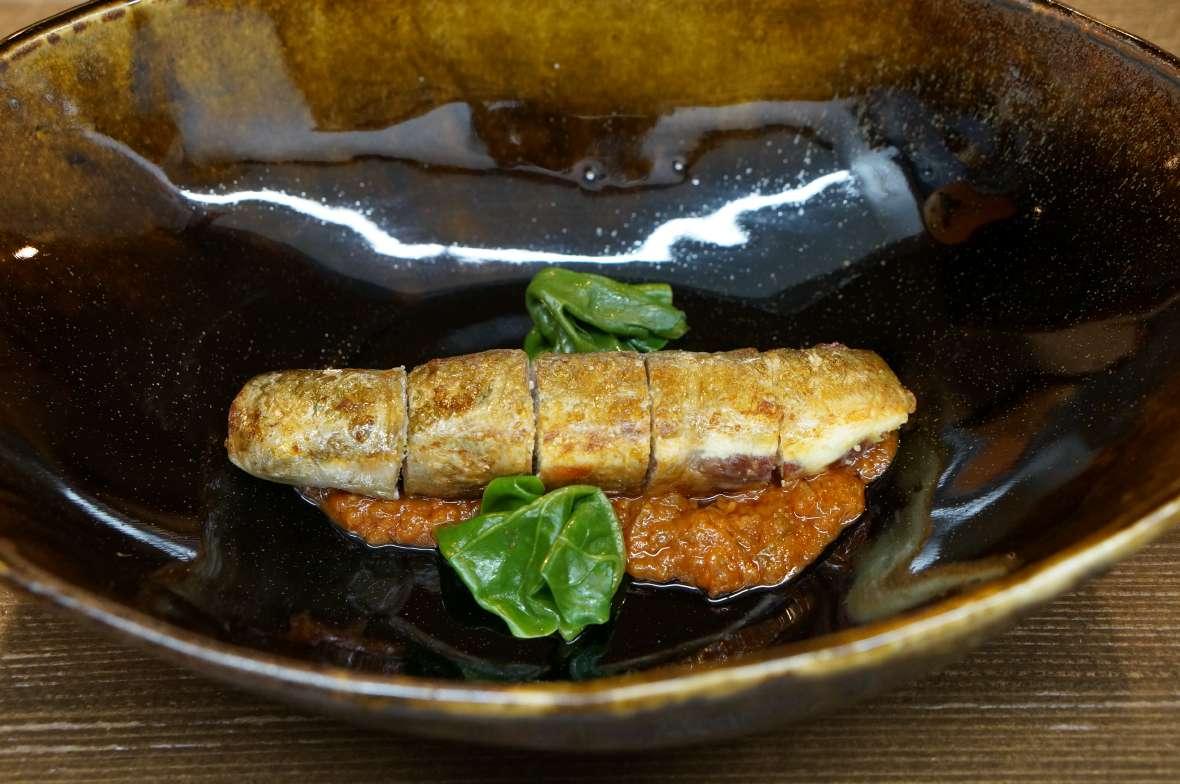 鮎の包み焼き ロメスコとピカーダ
