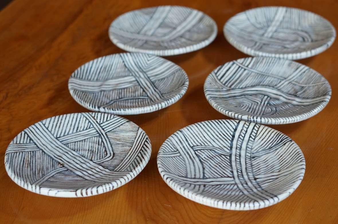線紋小皿A