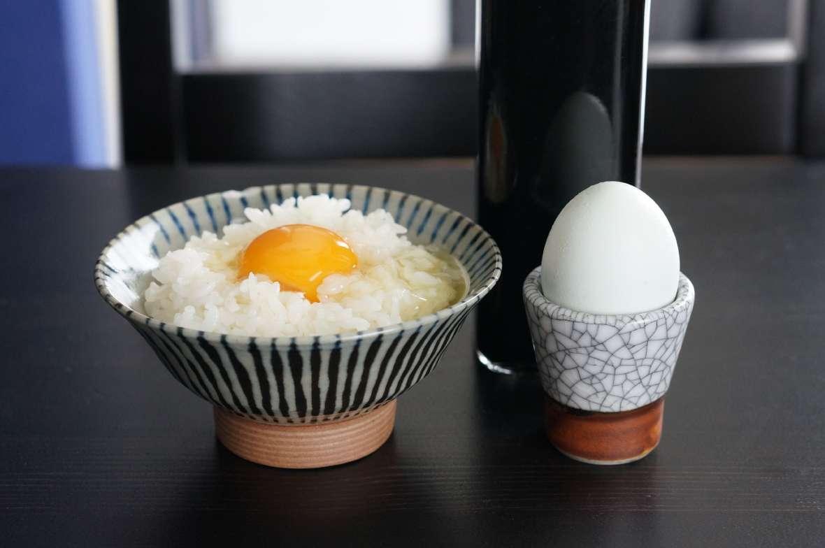 アローカナの卵ご飯
